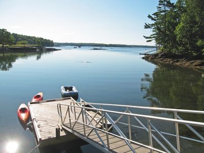 Oceanfront Cottage For 2, REDUCED RATES IN 2020, Quiet, Kayaking