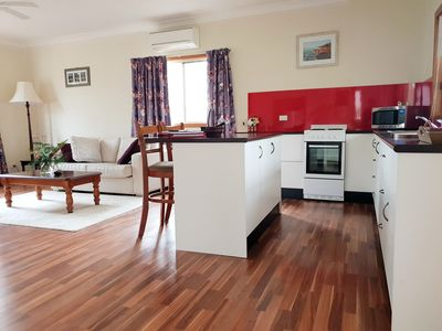 Photo for Lucky Mountain Cottage, Hunter Valley. Pet friendly