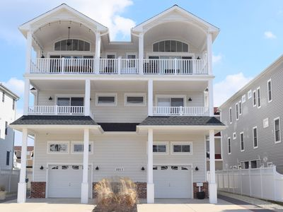 Photo for BEAUTIFUL newer construction townhome, with deck.