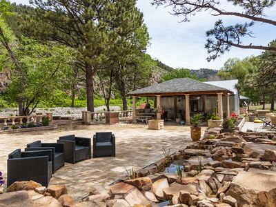 Photo for Mtn and River for big families, HOT TUB, Outdoor Pizza Oven, Patio Waterfall