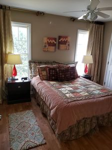 2nd Bedroom Queen size bed with smart tv