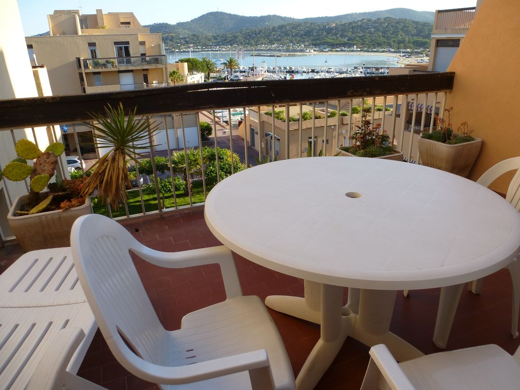 Swimming Pool Air Conditioning : Km lavandou f m view beach people swimming