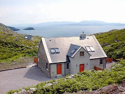 Photo for 4 bedroom property in Caherdaniel.