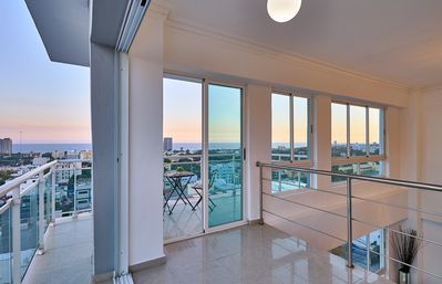 Photo for Alpha III PH2 · Majestic PH w/ocean view in city center SDQRentals