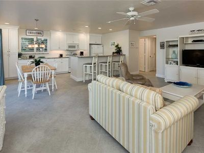 Photo for Unit B1: 2 BR / 2 BA partial gulf view in Sanibel, Sleeps 6