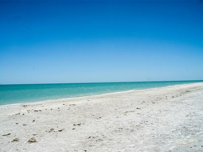 Photo for Beautiful Beach Front condo with lots of amenities!