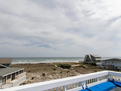 Photo for Amazing family friendly oceanfront home awaits!