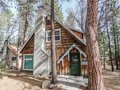 Photo for Peaceful Retreat - Close to Ski Resort! WiFi and Foosball Table!