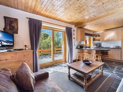 Photo for Ruisseau Renarde - Apartment located in a chalet