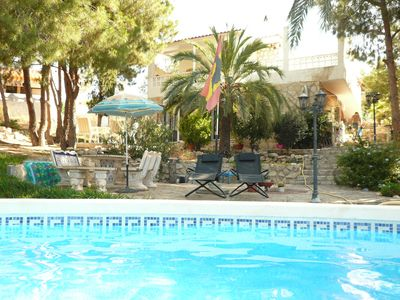 Photo for Generous living area, a paradise garden m. Pool, 8 min. To the beach