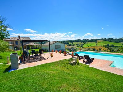 Photo for Detached villa with private pool 90 km from Rome, 3km from town. Great views!!