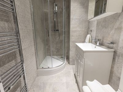Photo for Apartment Havana in London City - 6 persons, 3 bedrooms