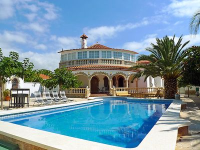 Photo for 4 bedroom Villa, sleeps 8 in Mont-roig del Camp with Pool, Air Con and WiFi