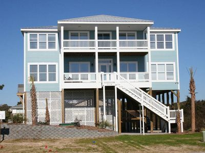 Photo for 8 Bedrooms with Private Pool, Fitness Center Access