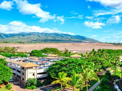 Photo for K B M Hawaii: Ocean Views, Perfect for Families 2 Bedroom, FREE car! May & Aug Specials From only $249!
