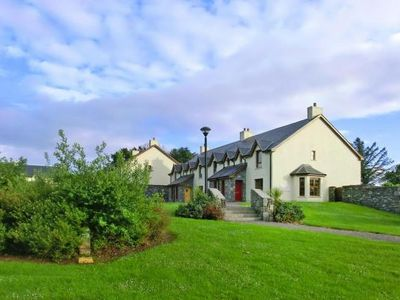 Photo for Terraced Houses, Kenmare  in Kerry - 5 persons, 3 bedrooms