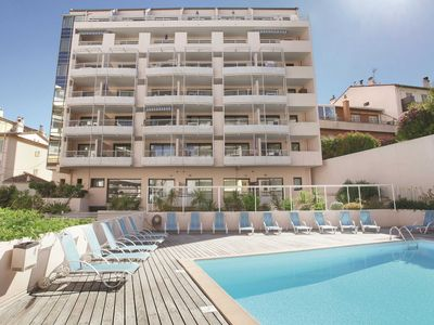 Photo for Neat apartment with air conditioning in the heart of Cannes