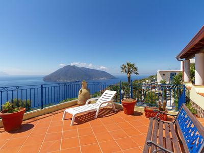 Photo for 3BR Apartment Vacation Rental in Quattropani, Messina