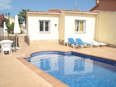 Photo for House with private pool - FREE WIFI