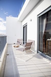 Photo for B04 - Luxury 2 Bed with Top Terrace Pool