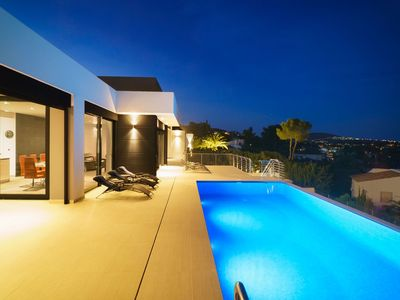 Photo for Stunning private villa for 8 guests with private pool, A/C, WIFI, TV and parking
