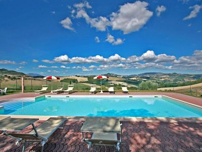 Photo for Private Farmhouse with panoramic pool, wi-fi, pet-friendly, air-conditioning