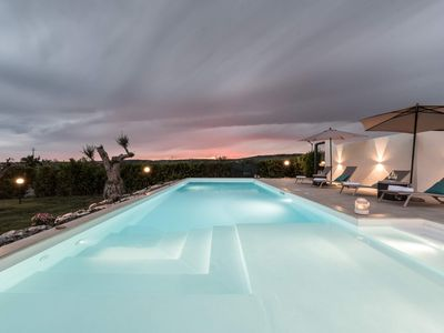 Photo for Stylish country villa with pool, completely renovated, perfect for families