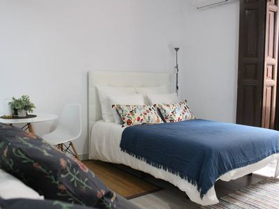 Photo for Cozy studio in great via (chueca- center)