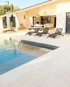 Photo for New villa, 5 bedrooms, swimming pool, 1,5km from the sea, 15 km from portovecchio
