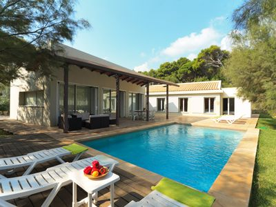 Photo for Beachside Villa Barca for 8 guests, only 100m to Mallorca's beaches!