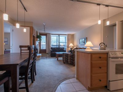 Photo for Great mountain views steps from the lifts, 2 master bedrooms, free wifi, & pa