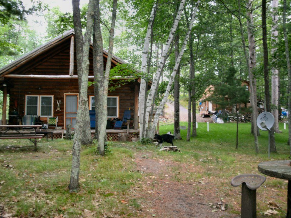 Real log cabin on eau claire lakes chain near hayward wi for Cabin rentals wi