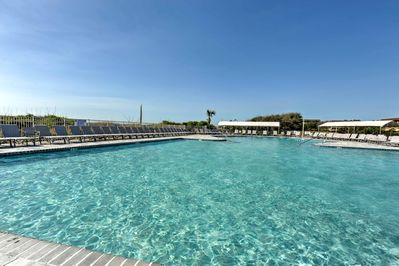 Swim in the largest beachfront pool on Hilton Head Island with your group of 4.