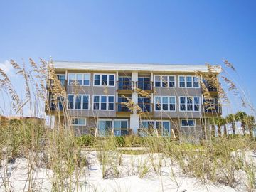 Surfside Six, Saint Augustine Beach, FL, USA