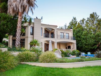 Photo for Luxury villa, high standard, beautiful mountain and ocean views