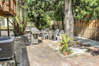 Photo for 170 Sabal Dr. - M - In Fort Myers Beach (Mid Island)