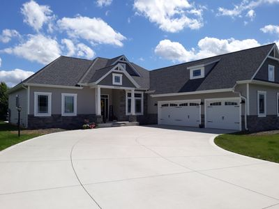 Photo for Newly constructed home in Granger available year round, 15 minutes from N