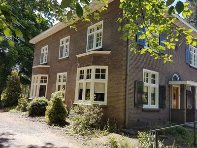 Photo for Charming, spacious and warm house with nice garden adjacent to the Dommel river