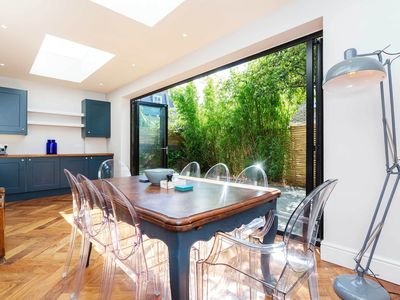 Photo for Large and Modern Four Bedroom Chiswick Home, Sleeps 8 (Veeve)