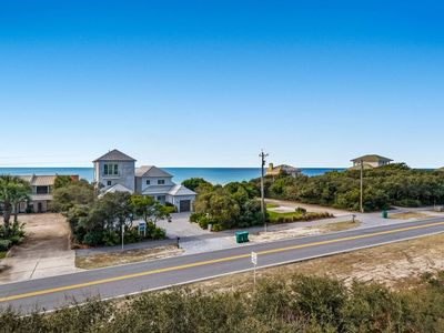 Photo for Charming Townhome-Gulf Views-Community Pool -Short Walk to the Beach!!