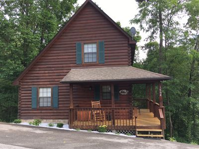 Photo for 1 Mile from Dollywood-Year Round Pool Access-Arcade-Hot Tub-WiFi-Sleeps 12