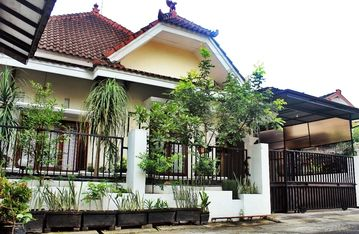 Private & Comfy House, Full Wifi, Malang