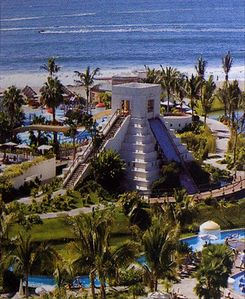 Amazing pools and waterpark (incldg. pyramid water slide, lazy river, wave pool)