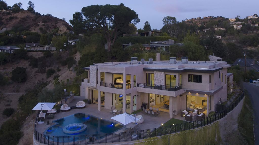 A 7 Bedroom Gated Architectural Masterpiece. Crown Jewel Of Hollywood Hills