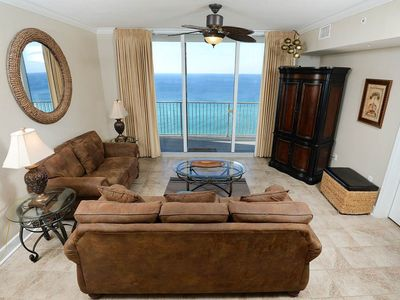 Photo for Warm, welcoming condo! Two lagoon pools + movie center on-site! Free beach service!