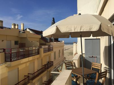 Photo for Silver Coast Beach  apartment in Figueira da Foz with WiFi, balcony & lift.