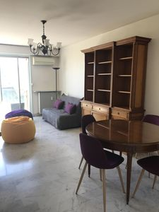 Photo for Apartment 5 minutes walk from the sea, close to all shops