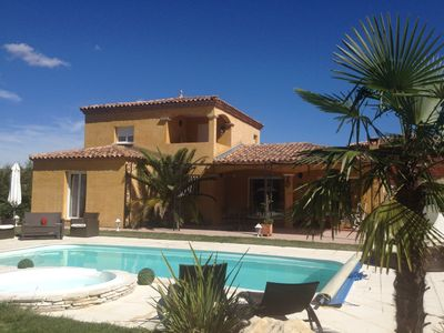 Photo for Beautiful Provencal Villa Paillote private pool, garden 1500m2 spa