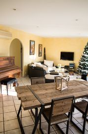 Search 619 holiday rentals