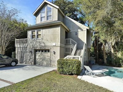 Photo for Nestled in a quiet cul-de-sac off South Forest Beach, this two story, 4 bedroom, 4 bath home is the
